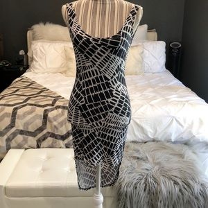 Dresses & Skirts - 🎉HOST PICK🎉Super sexy low back dress!!